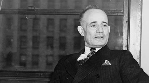 Top 10 Quotes by Napoleon Hill Think and Grow Rich
